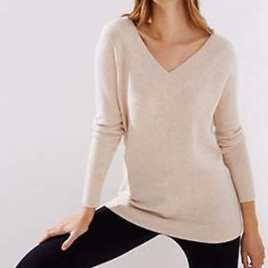 NWT Ann Taylor LOFT Wide V Neck Ivory Sweater